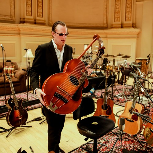 JOE BONAMASSA LIVE AT THE CARNEGIE HALL